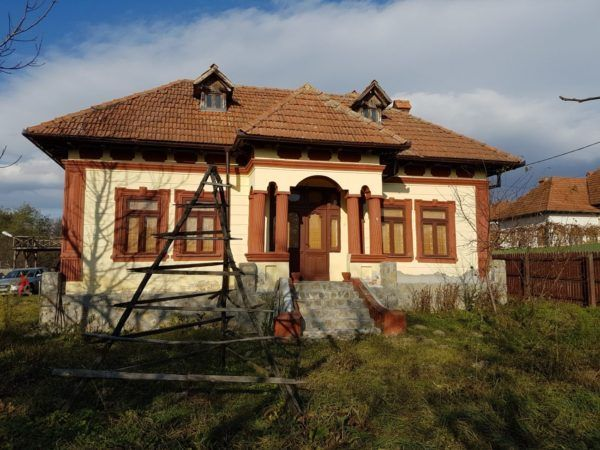 Fabrika de Case - Casa traditionala in Albestii Pamanteni, #Arges. #TraditionalArchitecture