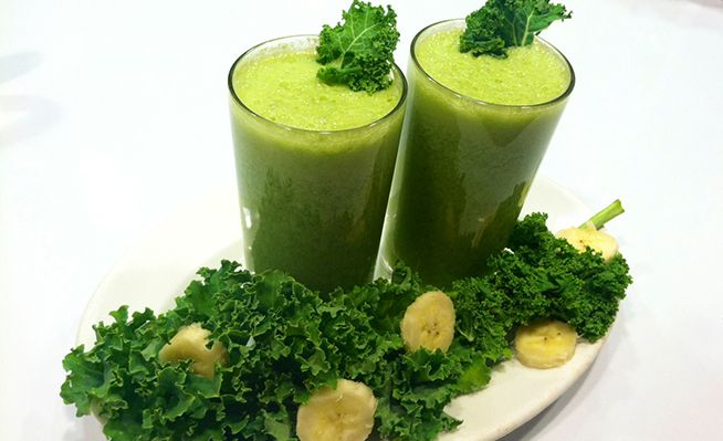 Joe's Mean Green Smoothie: Cucumber, Celery, Kale, Apple, Banana