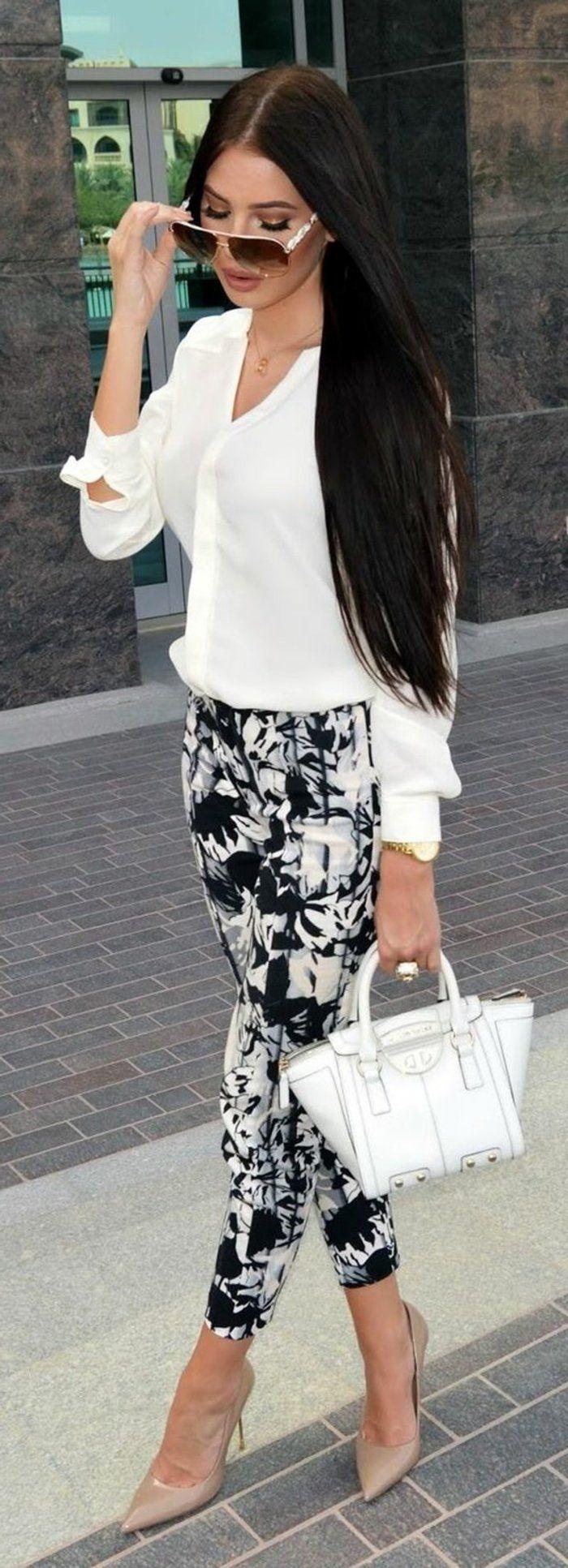 tenue-chic-détail-choc-en-noir-et-blanc-avec-blouse-et-pantalon