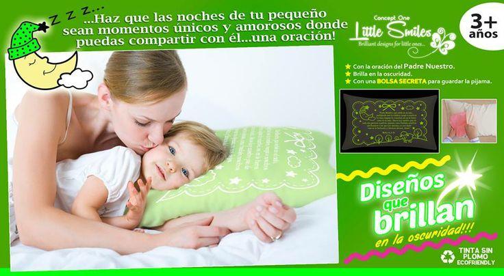 Nuevo color... verde limón!! para que tus pequeños puedan relajarse mientras compartes una oración con ellos una oración! http://glowinthedarkbedtime.com/prayer-pillows/