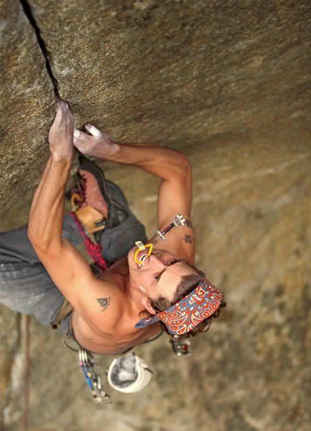 ♂ Masculine Man's Living mountain climbing