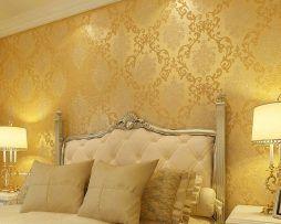 Textilná reliéfna tapeta na stenu so zlatým vzorom
