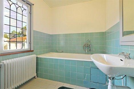 Turquoise bath