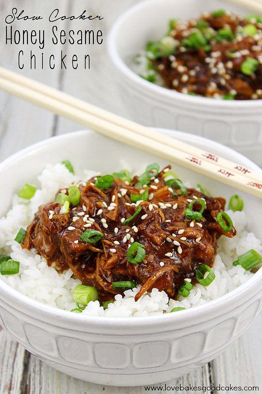 Get dinner on the table with very little fuss - this Slow Cooker Honey Sesame Chicken is a meal the entire family will love! #SlowCookerMeals
