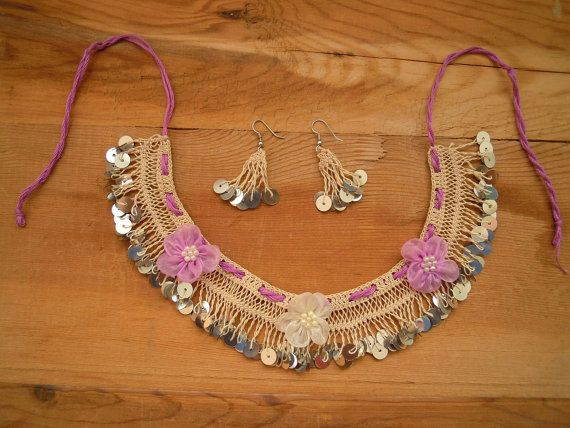 necklace with sequines and flowers hairpin lace crochet cream matching earrings