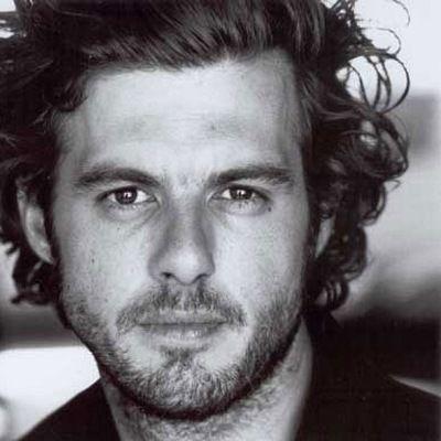 Lannick Gautry dans le rôle d'Antoine