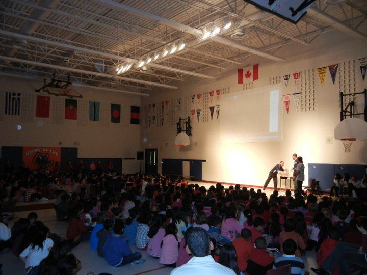 The support received at the 2010 festival enable us to fund the Huddle Program at three Markham Schools in 2011.