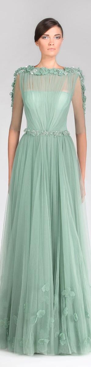 Tony Ward Couture - Summer 2013 Collection  #formal #dress <3/ Bordados em pedraria em São José dos Campos SP é na RAE - Rutileia Acessorios Exclusivos