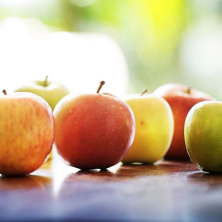 MAY 2016 – What's your favourite Australian organic apple? Azanas have finished their season so it's time to move onto Golden Delicious, Gala, Pink Lady, Fuji or Granny Smith – Watch this space for our favourite apple recipes 🍎🍏