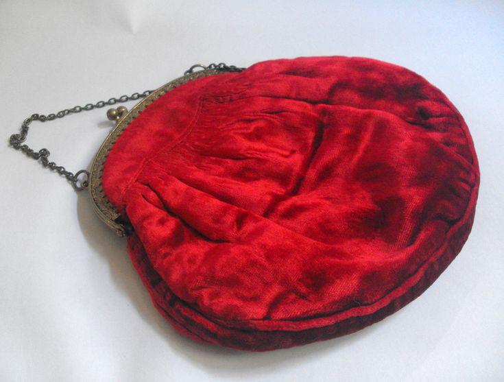 11515 #Vintage / #antique red velvet evening bag £20 inc UK post. Offers welcome