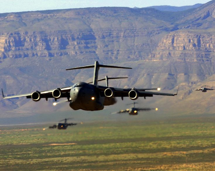 C-17 formation  edit description:  I suddenly hear Flo-Rida playing 'Low' in the background
