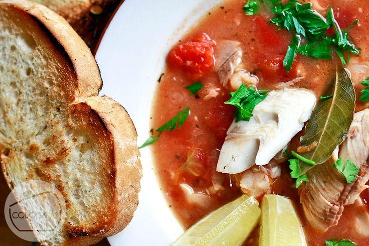 Zupa rybna z owocami morza | Przepisy kulinarne - Codogara.pl | Frutti di mare soup http://www.codogara.pl/10881/zupa-rybna/
