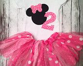 Minnie Mouse Geburtstag Outfit. Minnie ersten Geburtstag Outfit. Minnie Mouse Tutu. Minnie Onesie.