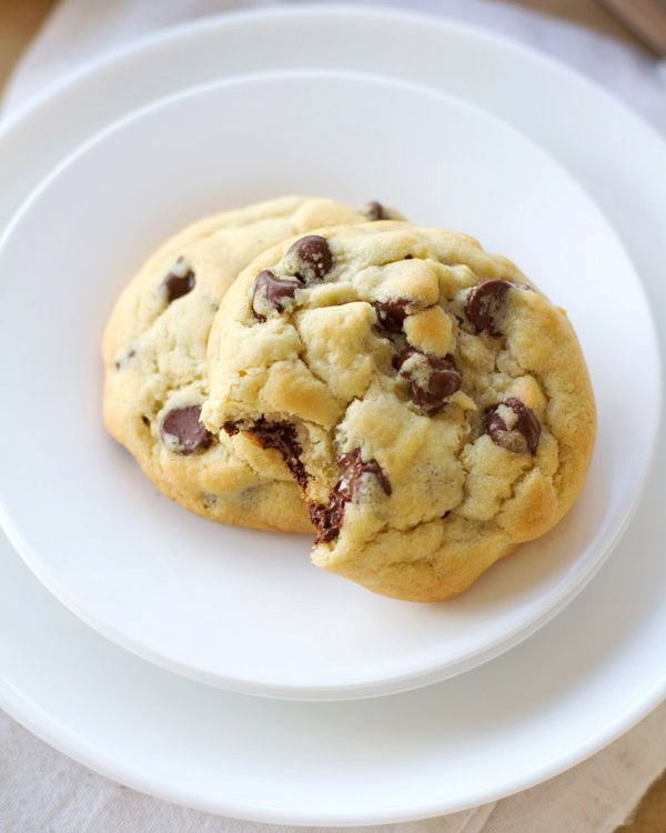 These perfect chocolate chip cookies are adapted from the recipe on the back of the Hershey's bag! So easy and SO addicting. #cookierecipe #cookie #dessert #yum | pinchofyum.com