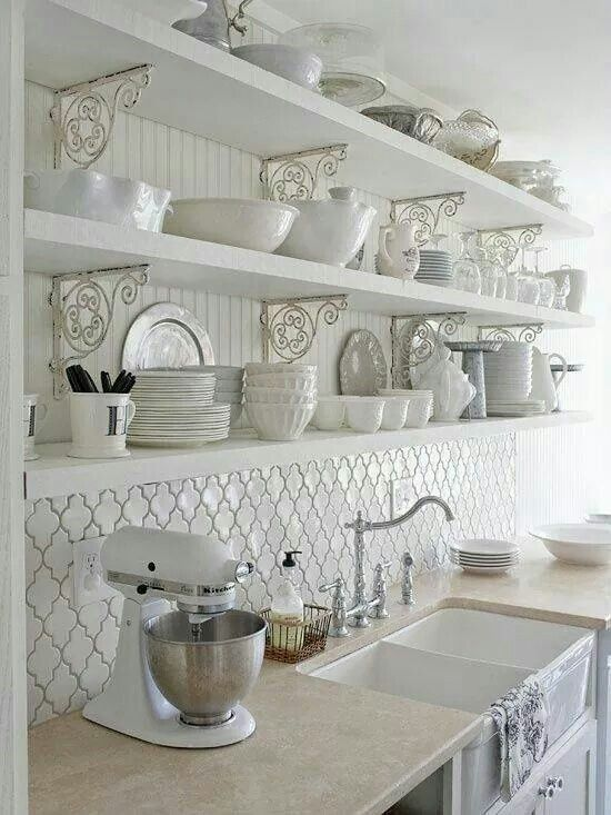 Sublime cuisine toute blanche... ...