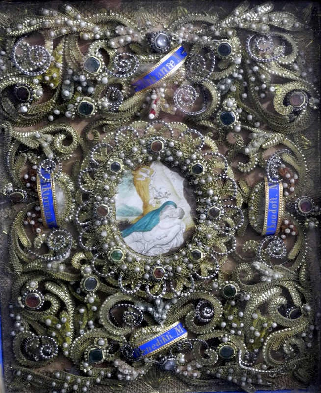 85 best curiosity images on Pinterest | Paper quilling, Religious ...