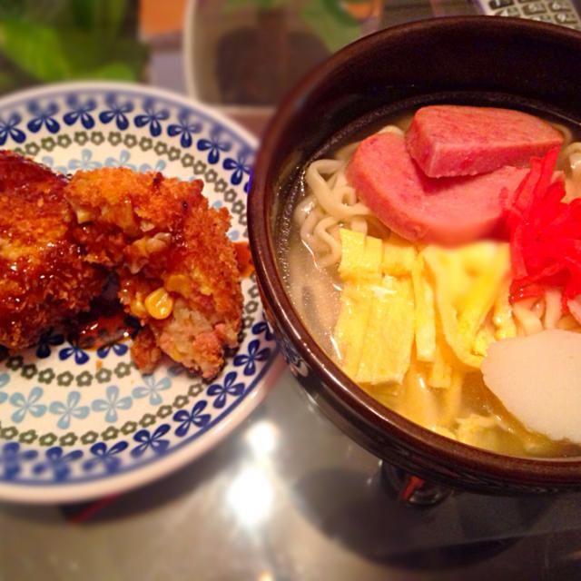 1/21の夕ご飯! コーンビーフで味付け不要、コロッケを作りました^_^あと大好きな沖縄そば!美味しくできたー - 2件のもぐもぐ - コロッケ&沖縄そば by Marietty