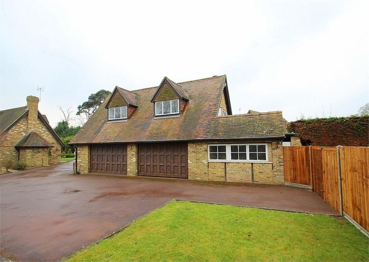 To Let Church Road , Iver Heath £2,500 Freehold