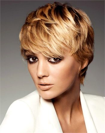 Twiggy inspired short cut by Frank Provost.  Great makeup too