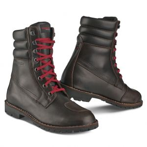 motorcycle boots Indian TM - urban boot in full grain leather. Waterproof and breathable lining with gear leather prtections, vibram sole in grip rubber.