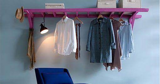As vezes, uma escadinha não é só uma escadinha!           Cabideiro, no quarto ou hall, para acomodar casacos, sapatos e bolsas/mochilas .....
