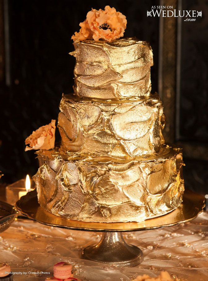 Gold buttercream. The Wedding Cake Shoppe. If ever I had a New Years Eve…