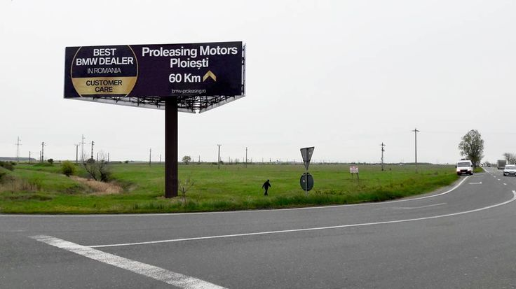 Panou publicitar campanie BMW Proleasing - unipol 14x4m x3