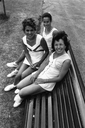 1973 Billie Jean King w/ Yvonne Goolagong and Virginia Wade