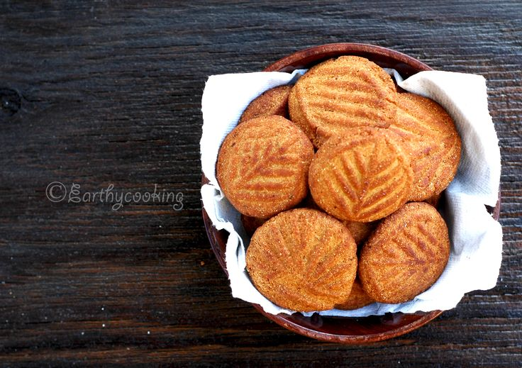 Thekua, a deep fried cookie which is revered offering to Sun God in Bihar, India, made with wheat flour, jaggery, fennel seeds and coconut powder. It is a great accompaniment with a cup of hot tea.