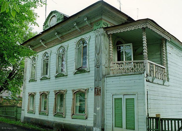 les 59 meilleures images du tableau maisons russes isba datcha sur pinterest russie. Black Bedroom Furniture Sets. Home Design Ideas