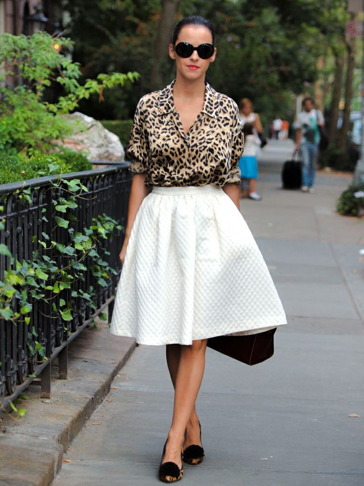 chic midi skirt outfit