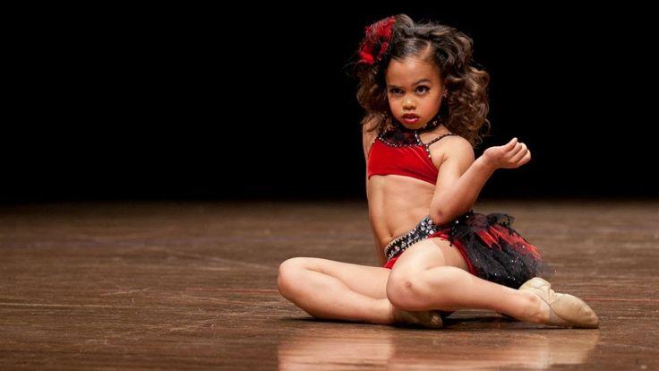 Asia Monet Ray - Heartburn (7 years old) bueno a seguir practicando