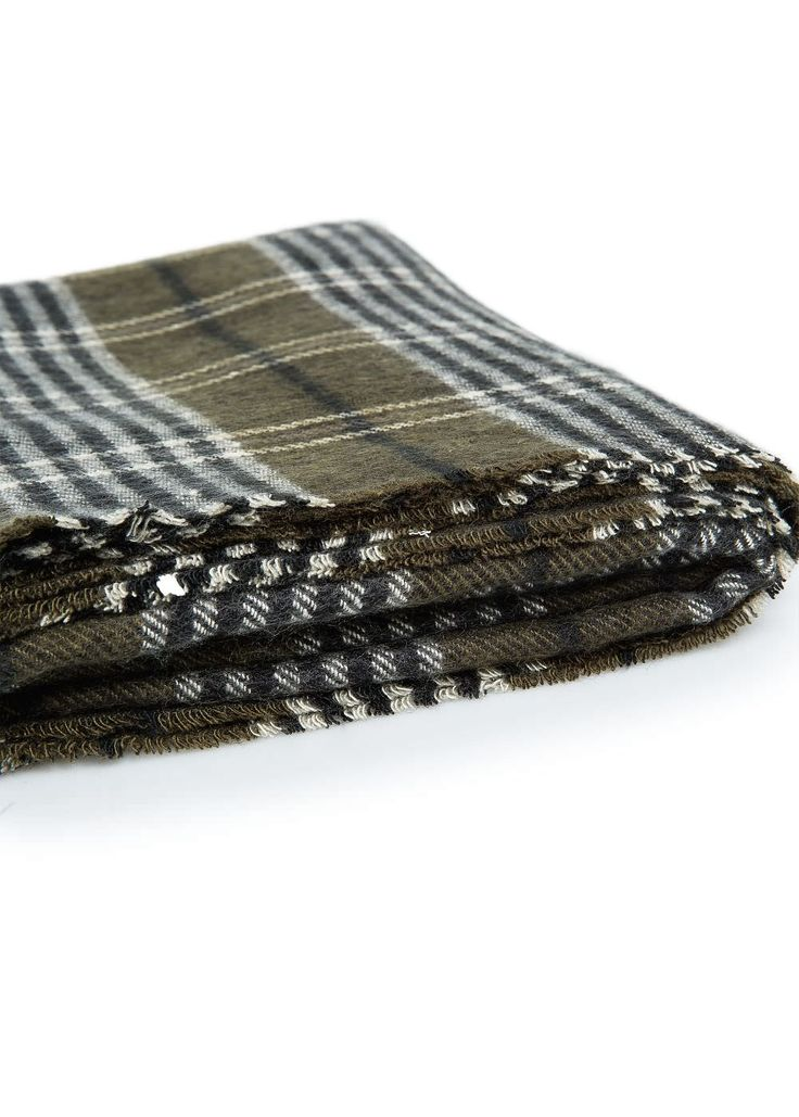 Écharpe à carreaux écossais