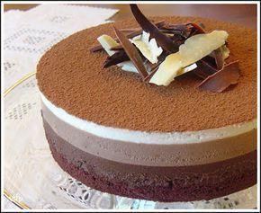 gateau mousse au trois chocolats