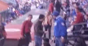 El Coordinador de Análisis Estratégico y Comunicación de Zapopan, Jalisco, Zul de la Cueva Vergara, protagonizó un altercado el pasado viernes durante un partido de beisbol. De la Cueva fue denunciado por usuarios de las redes sociales de agredir a uno de los asistentes al partido, además, se le acusó de estar consumiendo bebidas alcohólicas […]