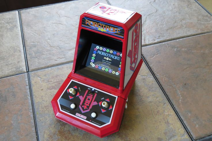 Coleco Robotron with stero sound, exposed HDMI, easy access to sd card, usb powerable, RPI status lights, plays more than just mame etc, etc