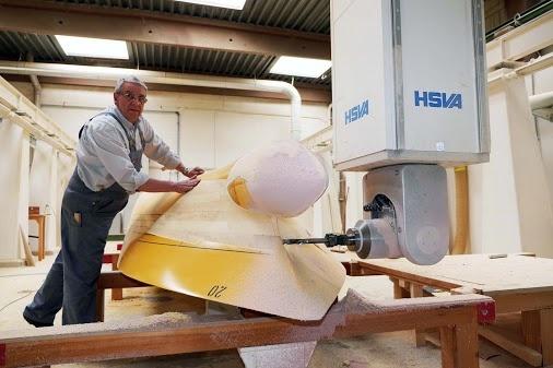 Wunderkinder porträtieren HSVA  Die Hamburgische Schiffbau-Versuchsanstalt - hier werden Schiffe für Werften aus aller Welt getestet. Anlässlich ihres hundertjährigen Bestehens erstellen die Wunderkinder in ihrer Kommunikationswerft für die Maritime Wirtschaft eine umfassende Reportage für das Branchenorgan Schiff & Hafen.