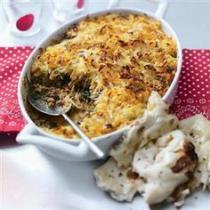 Lamb keema with rosti topping recipe. This mince recipe is full of the fragrant, aromatic spices we associate with Indian cooking. You can freeze this mince dish.