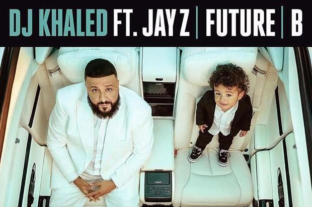 """DJ Khaled Recruits Jay Z, Beyonce & Future For New Single """"Top Off"""" Listen to DJ Khaled's lead single off """"Father Of Asahd"""" called """"Top Off"""" featuring Jay Z, Beyonce & Future!https://www.hotnewhiphop.com/dj-khaled-recr... http://drwong.live/music/song/dj-khaled-recruits-jay-z-beyonce-and-future-for-new-single-top-off-new-song-1977605-html/"""