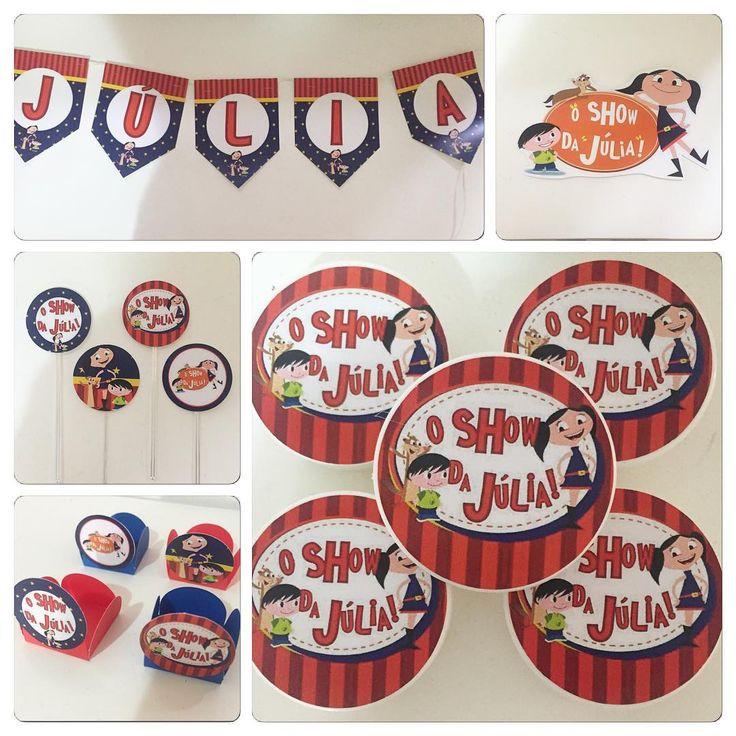 E nosso kit personalizado? Este final de semana fizemos um kit com o tem O Show da Luna para a Júlia, filhota da Nuria! O kit contém: 40 forminhas para doce decoradas, 20 colheres decoradas, 20 toppers decorados, 10 latinhas decoradas, 4 recortes de personagens no tema e, 1 bandeirola com o nome no tema. #kitfestapersonalizado #festainfantil #oshowdaluna #kidsparty #ratchimbum #novaodessa