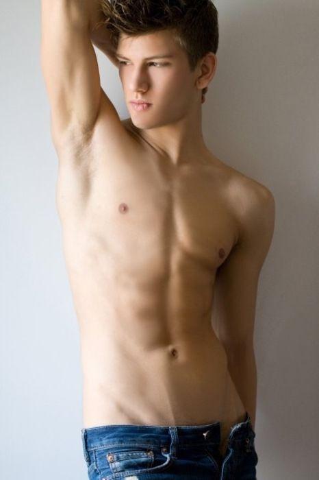 The Top 100 Most Beautiful Men 100 pics - Izismilecom