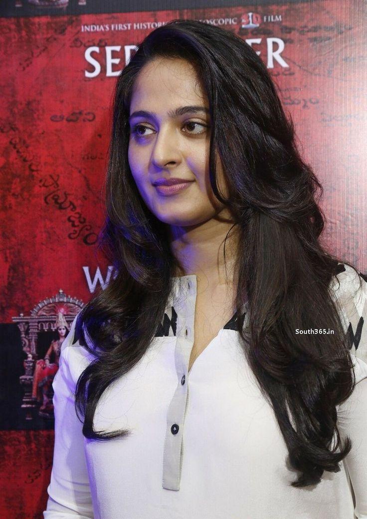 Telugu Actress Anushka Shetty at Rudhramadevi Movie Press Meet (2) at Anushka…