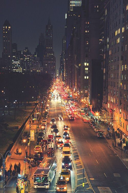 Image via We Heart It #busy #cars #city #lights #night #sparkling #travel