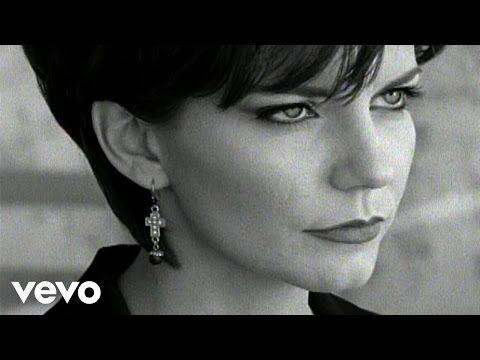 Martina McBride - Independence Day - YouTube