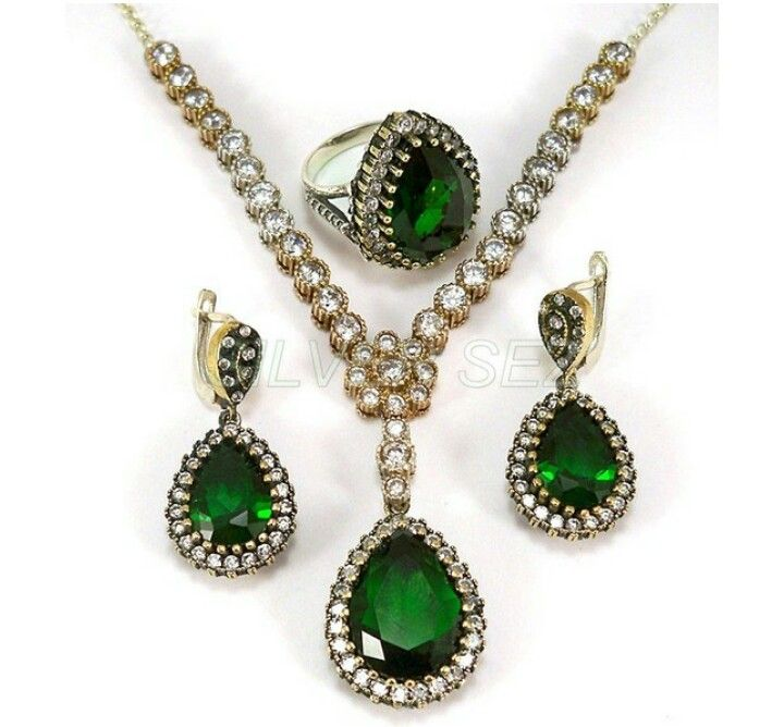 Hurrem sultan set silver muhtesem yuzyil film serie 108 $ USA Free Shipping - El Envío Gratuito WhatsApp--Viber- Line- Bip : +90 535 471 1671 #gumus #set #kupe #turquoise #hediye #kadin #turkishsilverjewelry #turco #ottoman #istanbul #hurrem #plata #earrings #turkishsilver #silver925 #silver #joyeria #roxelana #istanbul #pearl #handmade #Серебряный #Diamond #сапфир #рубин #изумруд #топаз #Хюррем #Султан #kosem #zircon