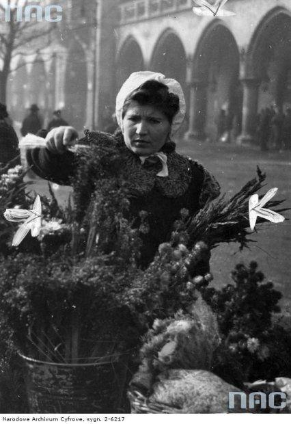 Zdjęcie numer 13 w galerii - Jak Wielkanoc obchodzono przed laty? Archiwalne zdjęcia - Kraków, 1940