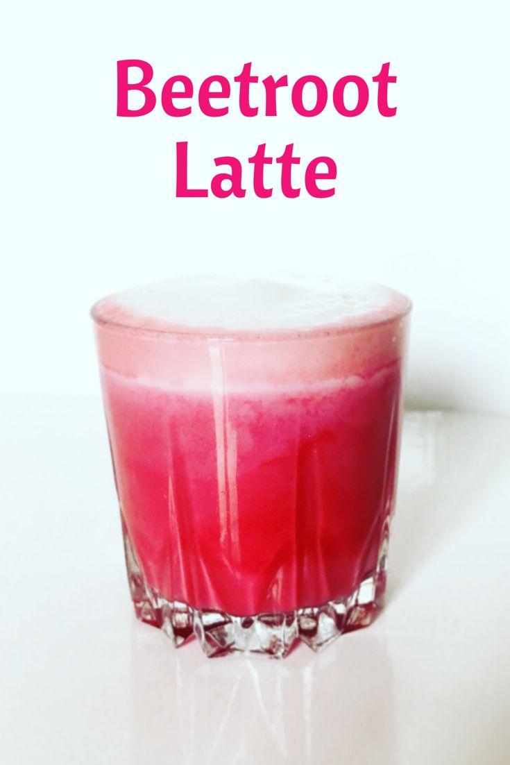 Rote Beete Latte oder auch Beetroot Latte genannt ist der neuste Trend unter den foodbloggern. Er sieht nicht nur fantastisch aus und schmeckt lecker er ist auch noch voller gesunder Inhaltsstoffe!