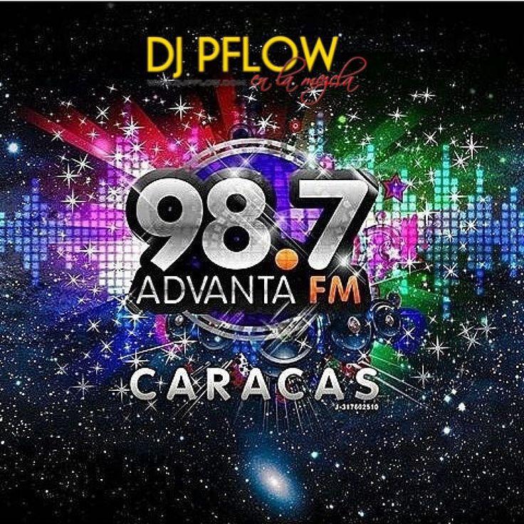 Desde ya escúchame mezclando en @advantafm 98.7 para Caracas Venezuela calentando la tarde en esta víspera de Navidad feliz noche buena.  #DJ #DJPflow #Radio #RadioLife #AdvantaFM Mix #Party #Merengue #Reggaeton #HipHop #Reggae #EDM #House #Dance #Navidad #NocheBuena #FelizNavidad #24DeDiciembre