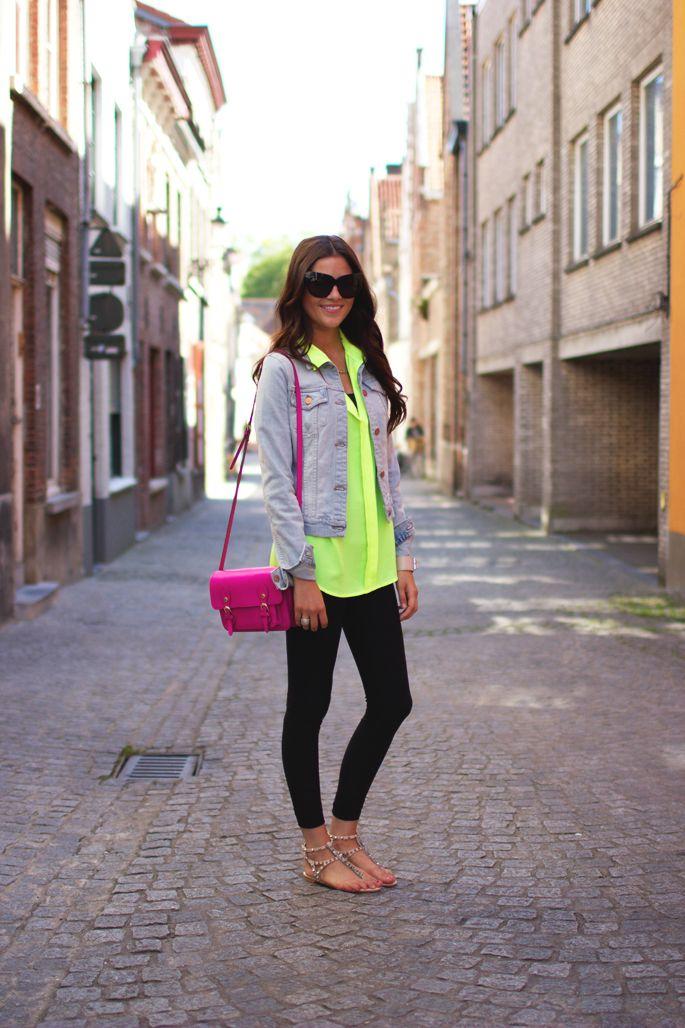 denim jacket + neon + black leggings.: Black Leggings, Fashion, Style, Bag, Outfit, Spring Summer, Denim Jackets, Neon Shirts