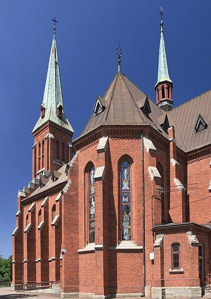Do soutěže se zřejmě zapojili i zahraniční účastníci... File:2013 Kościół św. Alberta w Trzyńcu 03.JPG
